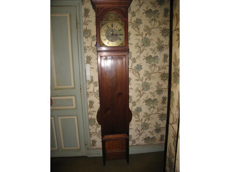 horloge de parquet rectangulaire en acajou et. Black Bedroom Furniture Sets. Home Design Ideas