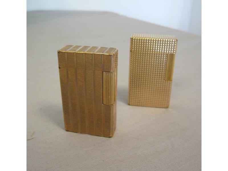 dupont deux briquets palqu or guilloch s l 39 un. Black Bedroom Furniture Sets. Home Design Ideas