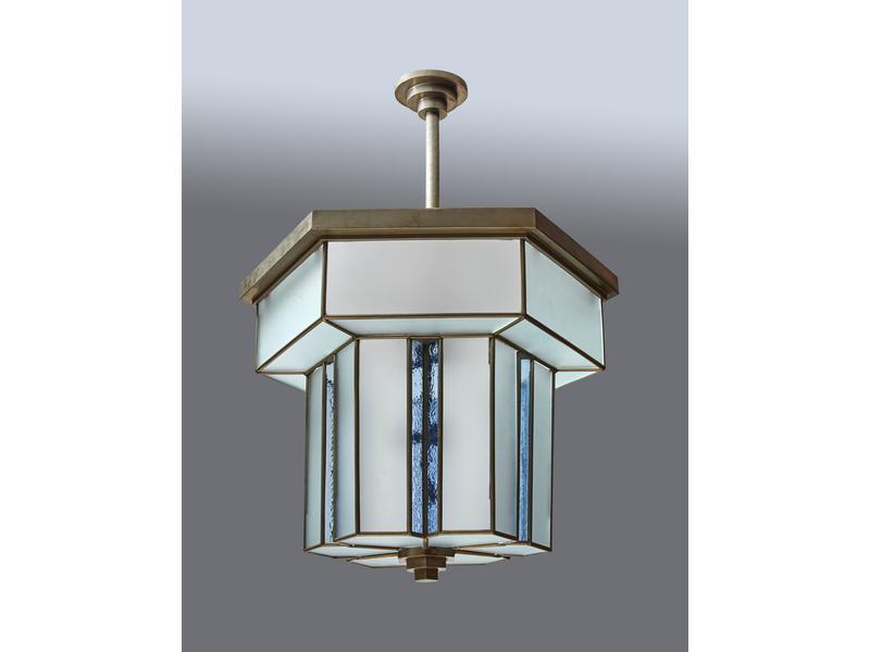 lustre en verre translucide et bleu structure. Black Bedroom Furniture Sets. Home Design Ideas