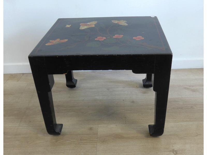 Table basse carr e en bois noirci le plateau - Cote table vente en ligne ...