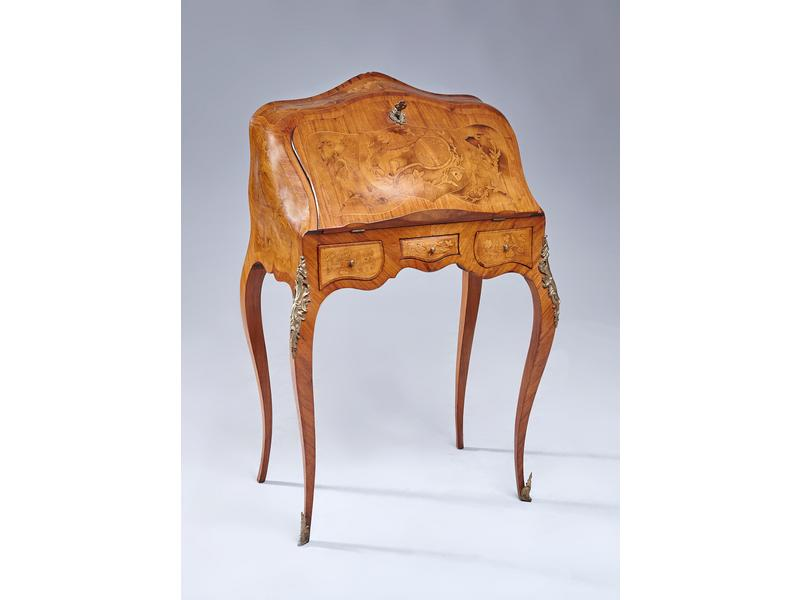 bureau de pente en placage de bois de rose et. Black Bedroom Furniture Sets. Home Design Ideas
