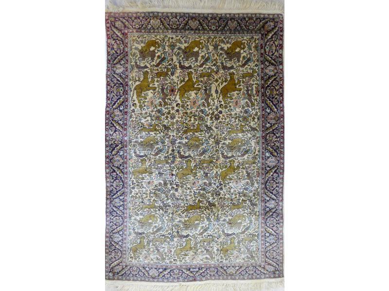 tapis en laine et soie d cor d 39 animaux dans. Black Bedroom Furniture Sets. Home Design Ideas