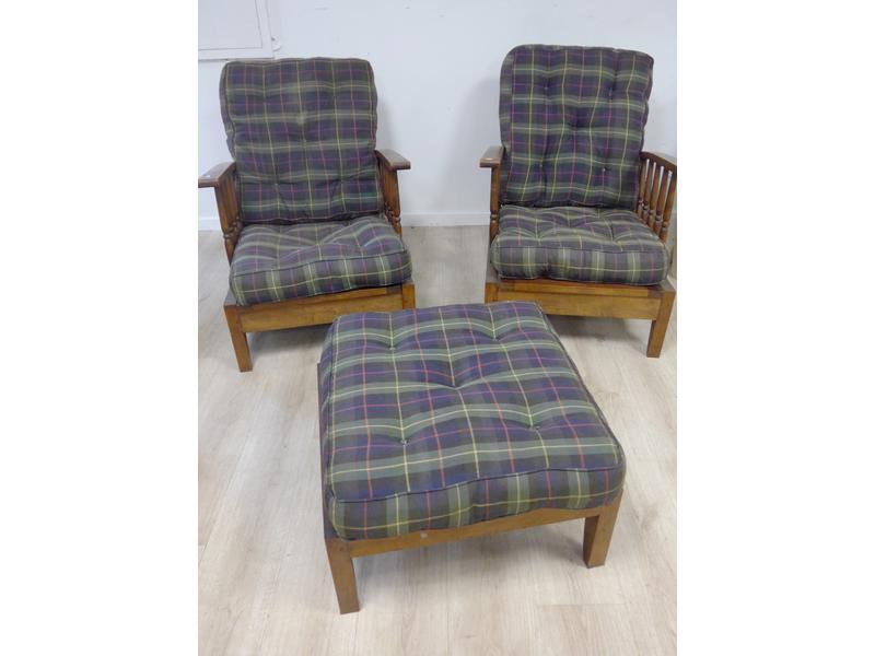 paire de fauteuils confortables dossier basculant. Black Bedroom Furniture Sets. Home Design Ideas